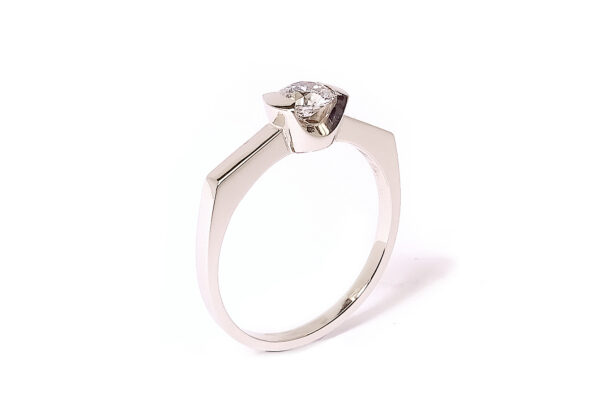 Vigselring med 0,40ct diamant