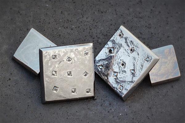 Manchetknappar i rodinerat silver med svarta diamanter