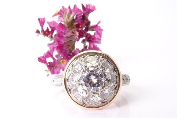 Vigselring omarbetad av kundens guld och diamanter